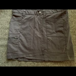 Athleta 5 Pocket Gray Sz 2 Skort NWOTS